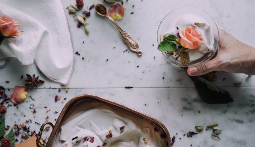 成城石井のアイスのお中元 桔梗信玄餅アイス、横浜大飯店 杏仁ソフトクリーム